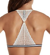 Tommy Hilfiger Pretty Lace Triangle Unlined Bralette R70T021
